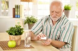 Прием лекарственных препаратов как причина возникновения острого запора