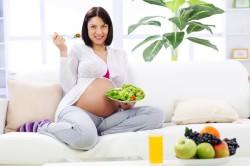 Употребление свежих фруктов при поносе во время беременности