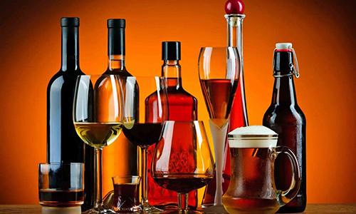 Главные причины развития хронического воспалительного процесса в структурах поджелудочной железы - злоупотребление алкоголем