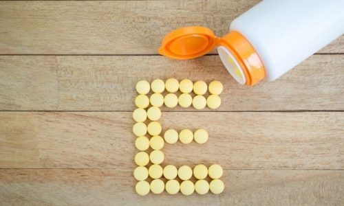 Витамин Е (Токоферол) - самый важный витамин при лечении заболеваний предстательной железы и восстановлении ее функций, т.к. он уничтожает патогенную флору в простате