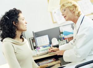 Только специалист сможет поставить точный диагноз и назначить правильное лечение