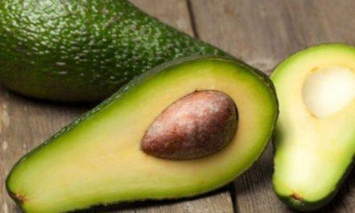 В период облегчения болезни можно изменить салата добавлением авокадо