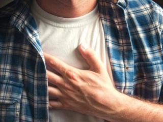 Боль в груди как симптом остеохондроза