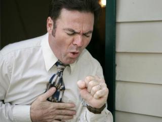 Боли в груди при кашле - тревожный симптом