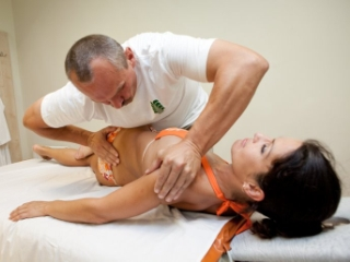 Мануальная терапия - часть комплексного лечения