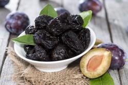 Польза чернослива при поносе