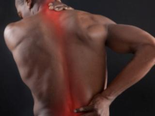 Боль в спине - основной симптом проблем с позвоночником