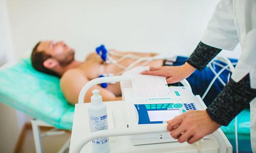 Нарушения в ЭКГ при остром панкреатите схожи с таковыми при инфаркте