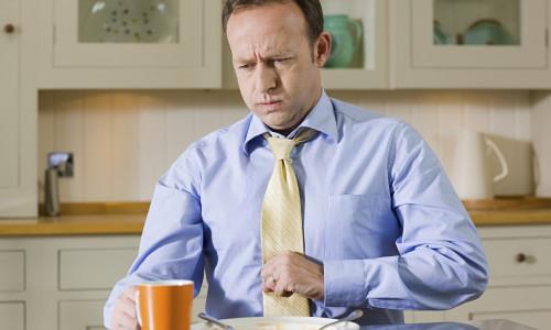 Боли в животе при эзофагите