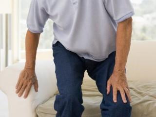 Скованность движений как симптом грыжи диска