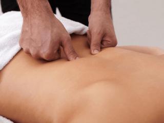 Комплексное лечение включает также мануальную терапию