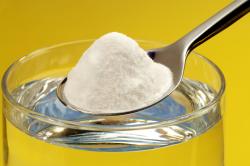 Раствор соды для полоскания горла