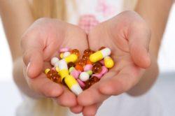 Прием медикаментов как причина появления поноса на ранних сроках беременности