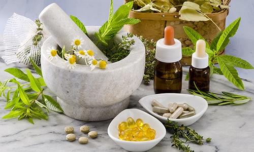 Натуральные средства для повышения потенции назначаются в том случае, когда у пациентов наблюдается органическая непереносимость действующих веществ синтетических препаратов для лечения полового бессилия
