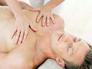 В чем польза массажа грудной клетки