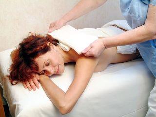 Для снятия боли используют компрессы