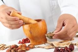 Народные методы лечения гнойной ангины