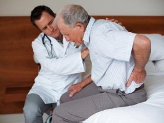 Этой болезнью страдают около 80% пожилых людей