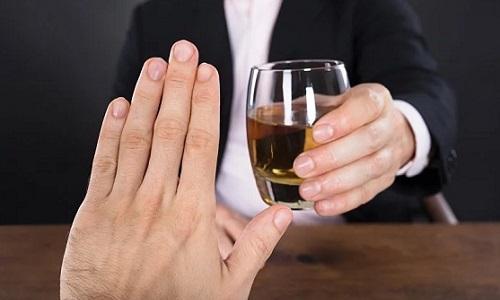 Сладости с алкоголем при панкреатите запрещено есть в любом количестве