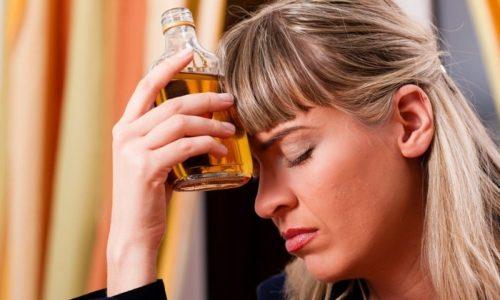 Чаще всего алкогольный панкреатит обнаруживается у людей, в течение многих лет злоупотребляющих спиртными напитками