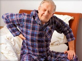 Пожилых людей радикулит посещает чаще