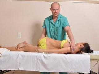 Мануальная терапия - эффективный метод лечения лордоза