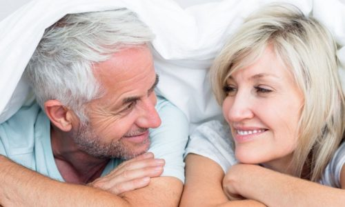 Снижение способности к совершению полового акта - признак естественного старения организма. Однако даже в 65 лет можно вернуть мужскую силу и продолжать вести полноценную половую жизнь