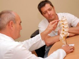 Боль в шее - основной симптом спондилоартроза