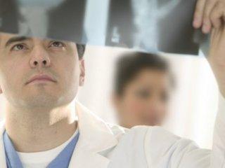 Спондилоартроз поражает фасеточные суставы позвоночника