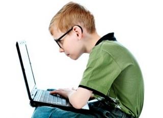 Компьютерная сутулость - беда современных детей