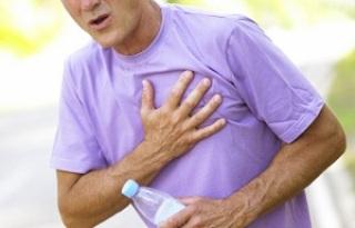 Торакалгия вызывает сильную боль в груди