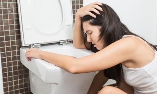 Один из симптомов вирусного простатита - это частые запоры