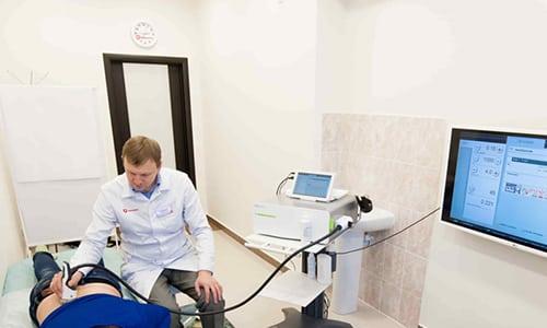 Ударно-волновая терапия - это метод лечения, в основе которого лежит воздействие на организм пациента акустическими волнами
