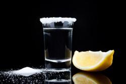 Водка с солью при поносе